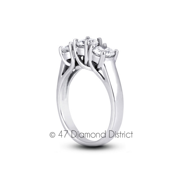 1-77ct-tw-E-SI1-Round-Natural-Certified-Diamonds-PT-950-Classic-Three-Stone-Ring